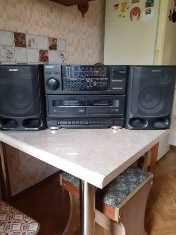 Радиомагнитола производство Южная  Корея фирма SONY оригинал две дорож