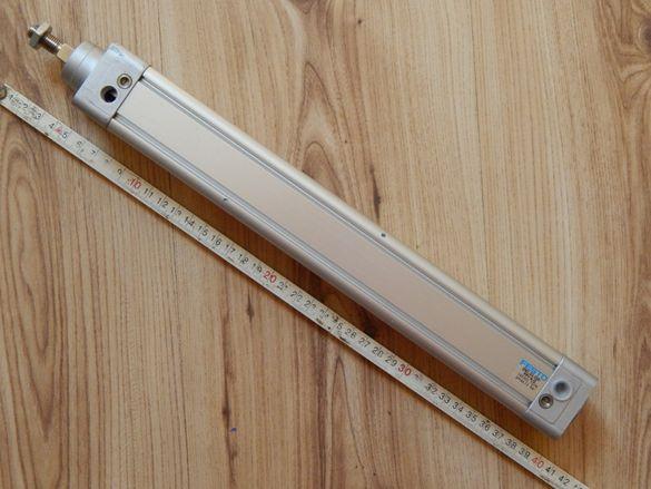 Пневматичен цилиндър Festo dnc-32-250-ppv-a