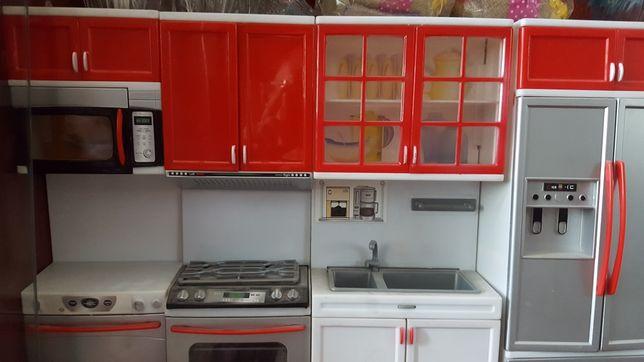 Кухонный гарнитур игрушечный