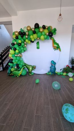 Decor personalizat evenimente/Panou foto/Aranjamente din baloane
