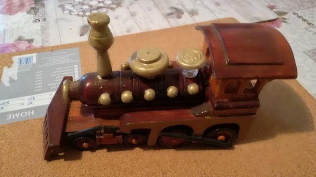 Macheta locomotiva din lemn.