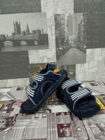 Детски сандали Adidas