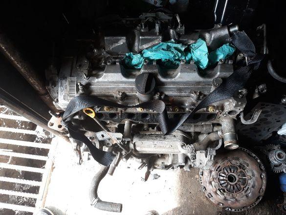 Двигател тойота авенсис 2.2d cat 2006г