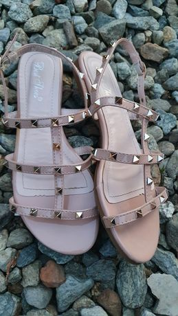 Sandale damă nude