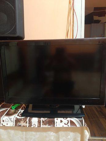 TV LG functioneaza bine fara defecte nu detin telecomanda sa pierdut