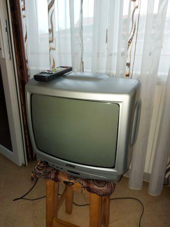 Televizor Akai 35cm