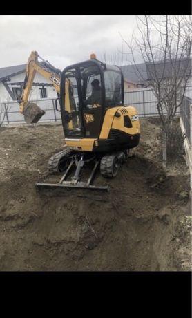 Inchiriez miniexcavator