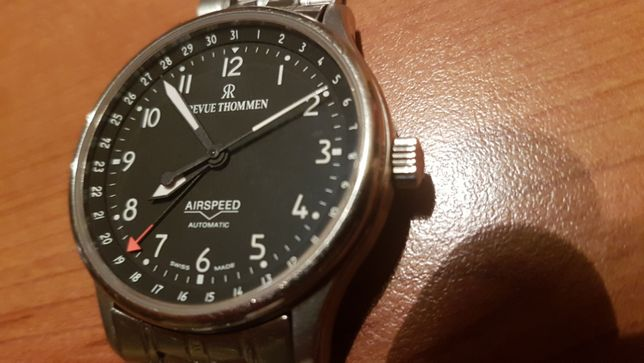 Revue Thommen Airspeed - automatic