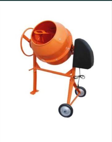 Inchiriez BETONIERA de INCHIRIAT de 180 litri asigur transport