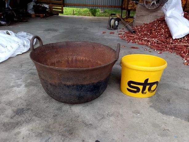 Ceaun vechi de fonta , 80 litri