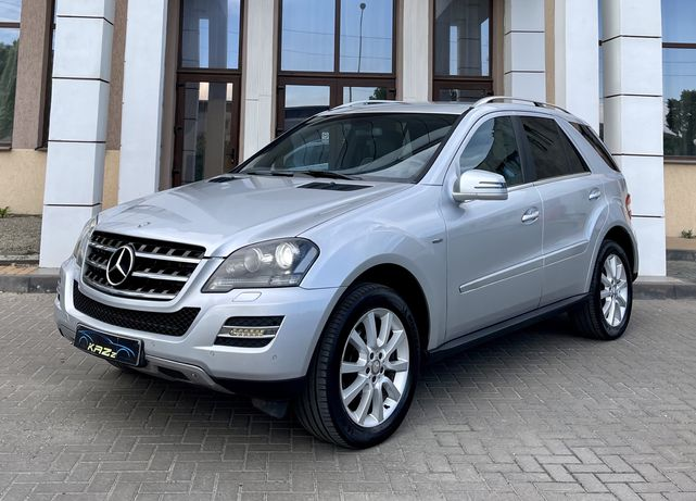 Mercedes-Benz ML300 CDi 7G-tronic /GrandEdition/ 4Matic 4x4 /AirMatic
