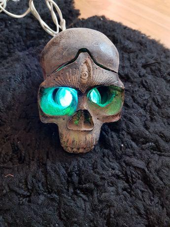 Craniu artizanal cu leduri