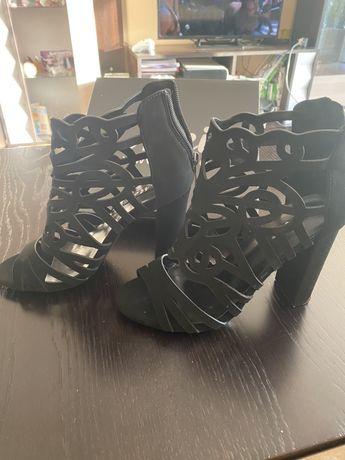Дамски  официлани обувки