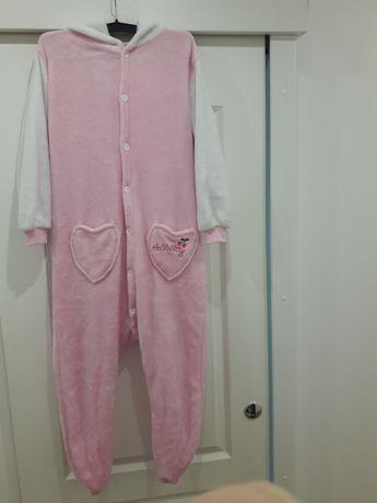 10 г. Домашен гащеризон Hello Kitty
