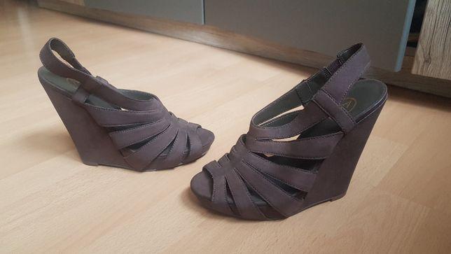 Sandale piele naturală, mărimea 37
