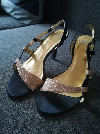 Vand sandale eleganti