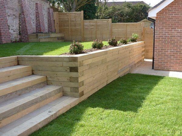 Zid sprijin lemn taluz terasament pavaj pin nordic impregnat