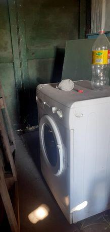 Продам стиралку в рабочем состояний