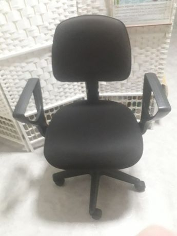 Продам.удобное.компьюторное.кресло.