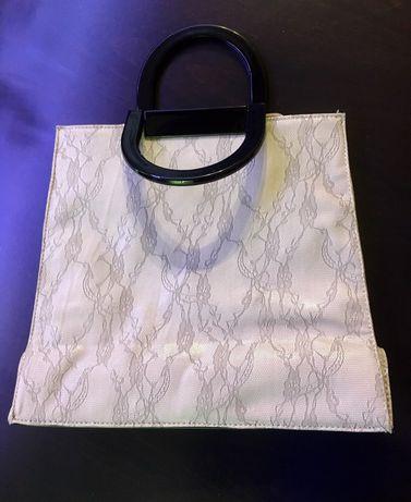 Дамска чанта с дантелен принт