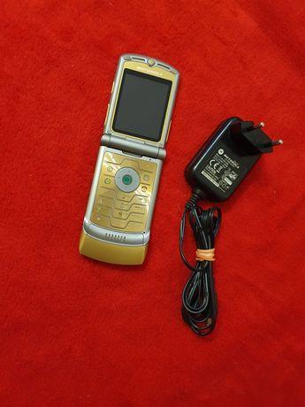Telefon cu clapeta Motorola V3i Dolce Gabbana 3G
