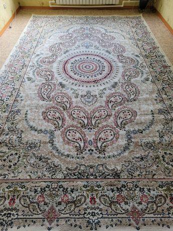 Продам ковёр шёлковый