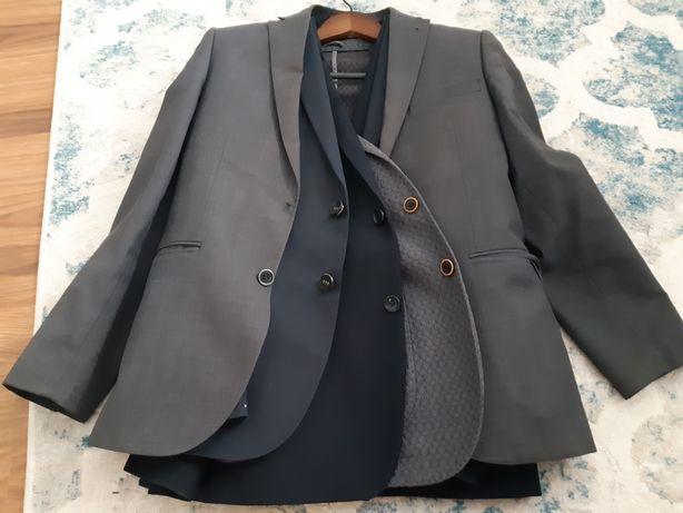 Продам мужские пиджаки