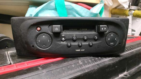 Радио касетофон Рено