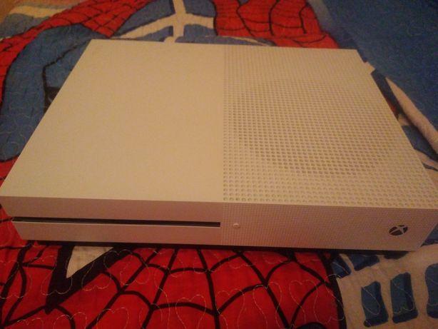 Xbox one s, с одним геймпадом
