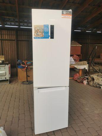 Продаём холодильник INDESIT