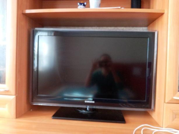 Продам телевтзор Samsung