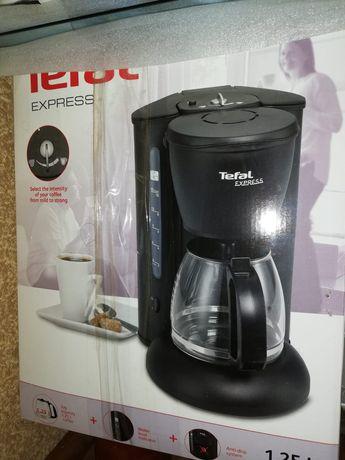 Кофеварка для кофе и чая.