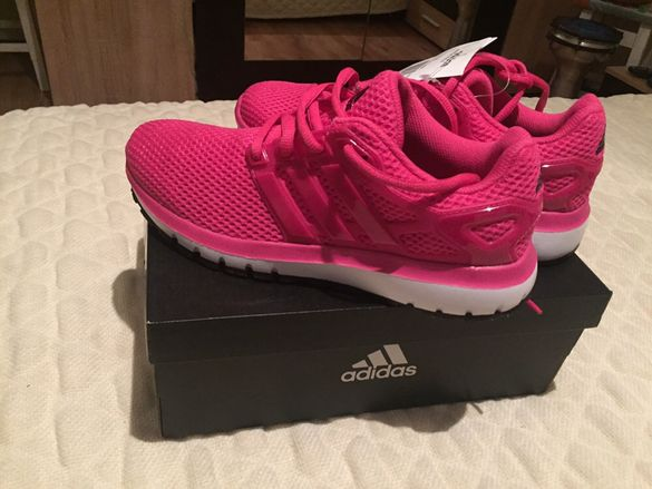 Adidas дамски нови!
