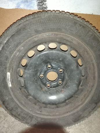 "Два броя зимни гуми с джанти 16"""
