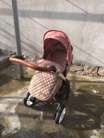 Бебешка количка Kikka boo Dotty