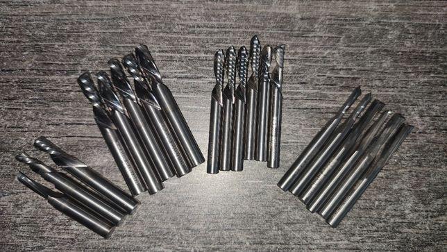 Freze drepte/profilate CNC