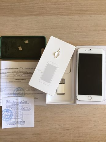 Продам iPhone 8 Plus 64 Gb