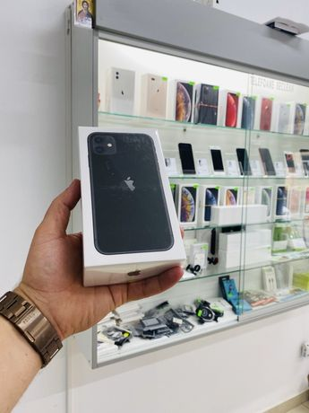 Iphone 11 sigilat 128 gb alb si negru 12 luni garantie