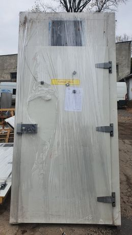 Хладилна врата за транжорна