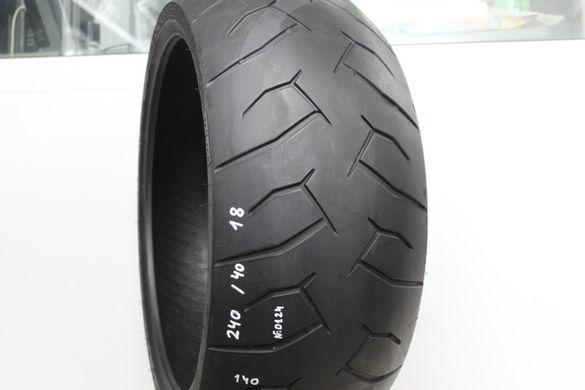 240/40-18 Мото гума Pirelli