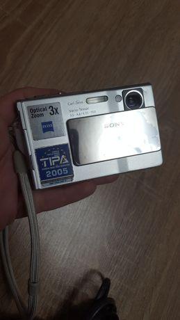 Aparat foto digital Sony Cyber-shot DSC-T7