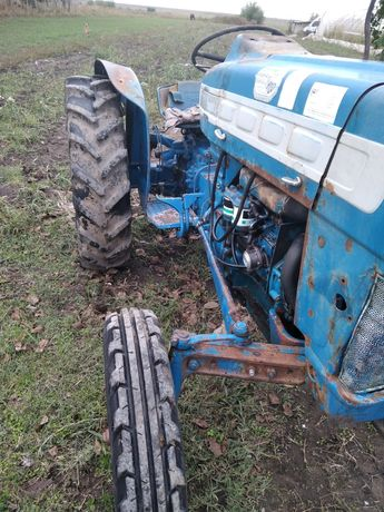 Tractor Ford 55 cp