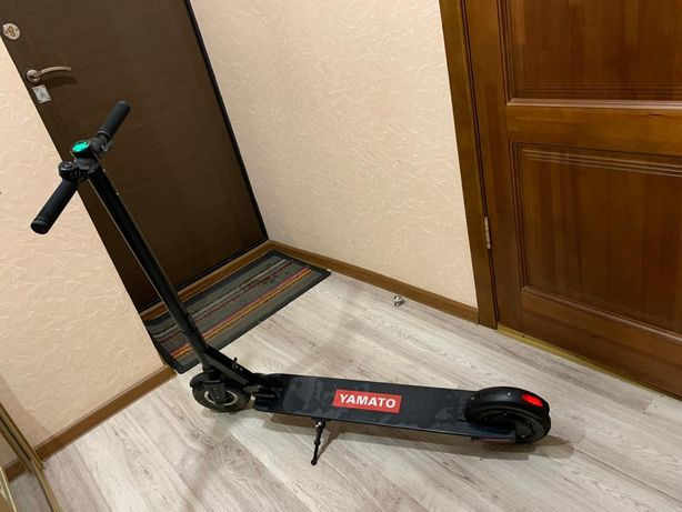 Продам электросамокат YAMATO PES 0810