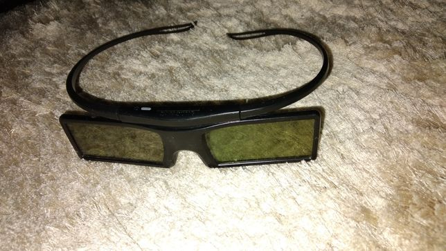 Продам 3D очки 2шт