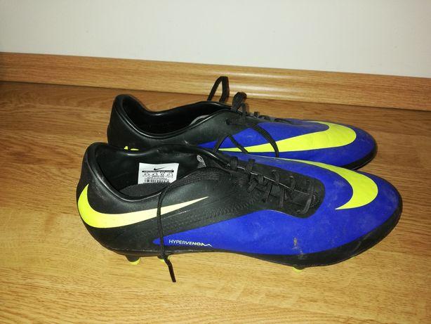 Crampoane Nike