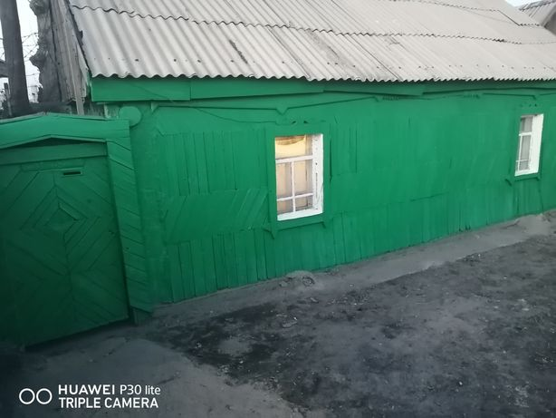 Продам дом расположен в хорошем районе 8 километр квартал В дом 4 торг