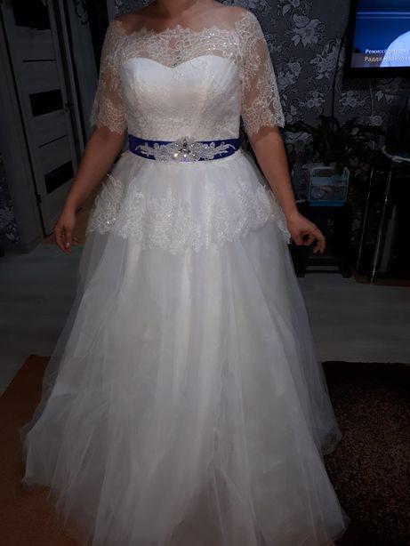 Шикарное свадебное платье, новое