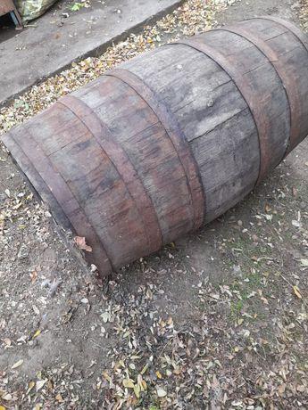 Vând Butoi pentru vin 270 de litri