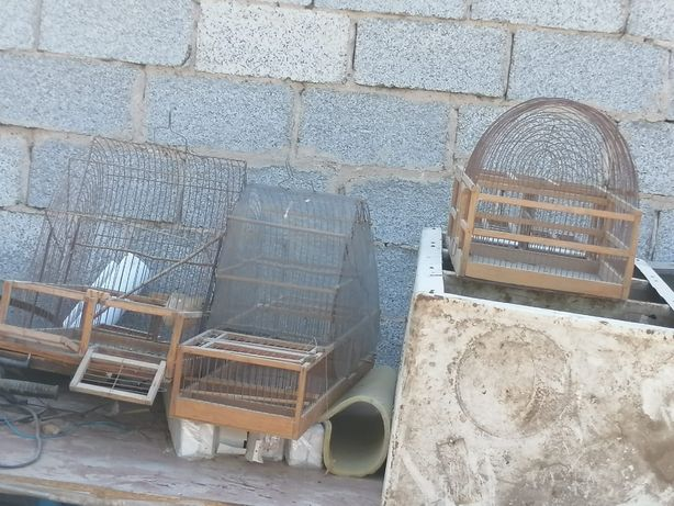 Продам клетки для птиц срочно