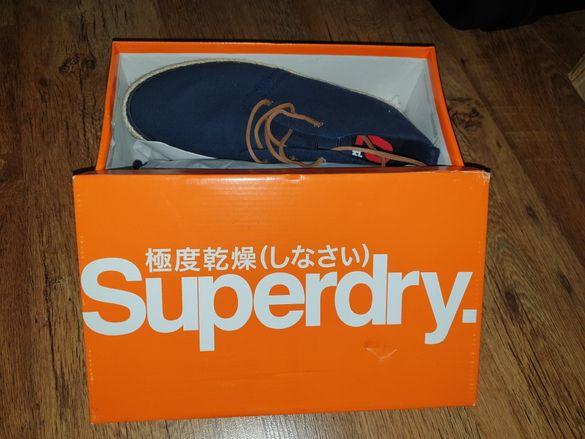 Обувки Superdry.